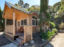 Cabin 5 -
